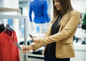 Omni-channel shopping putting pressure on stores to raise shopper engagement